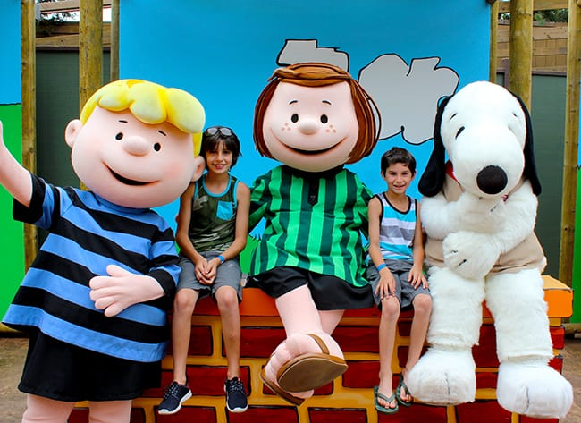 camp-snoopy-charater-photos