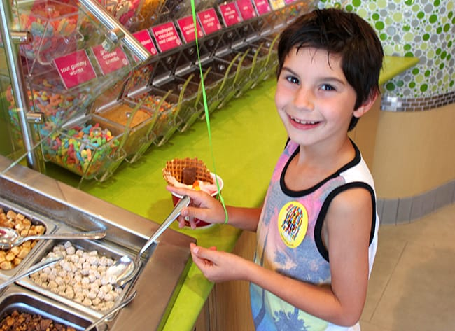 menchies-laguna-frozen-yogurt