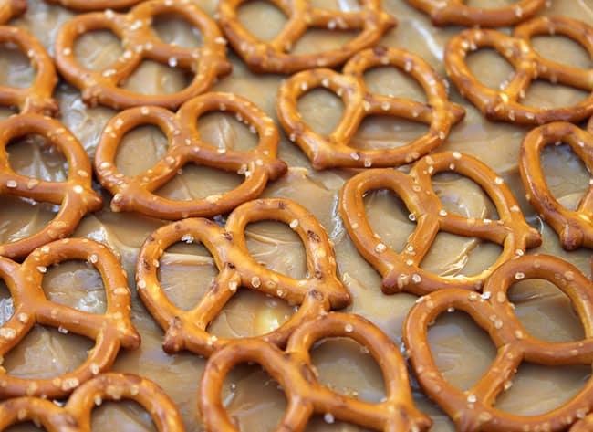 pretzel-caramel-dessert