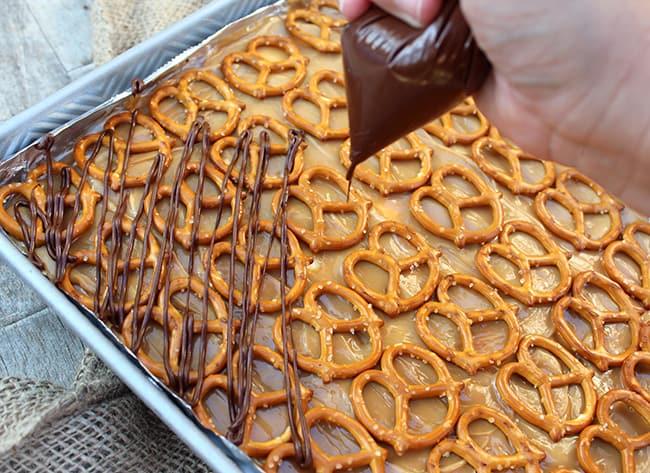 pretzel-ice-cream-bars