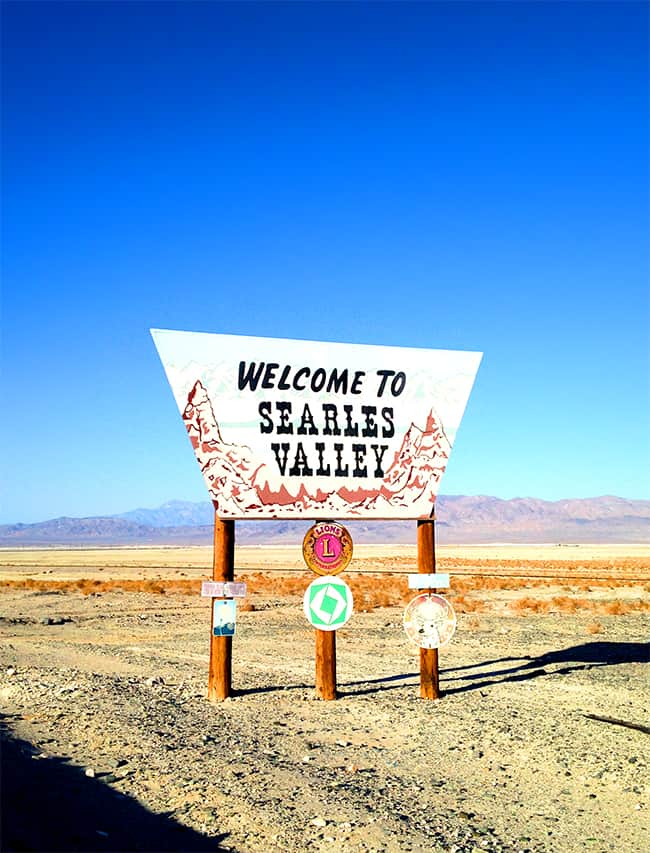 trona-california-searles-valley-lake