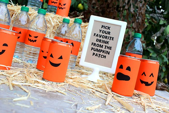 Halloween Party Ideas, Recipes and Free Printables! #spookysnacks