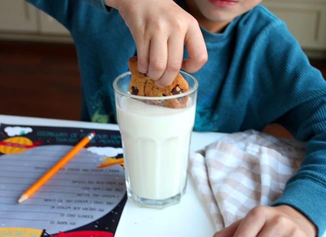 milk-and-cookies-free-printable