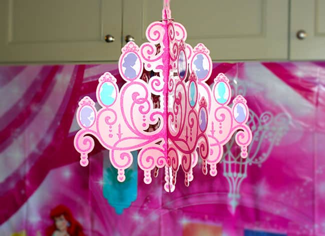 princess-chandelier-birthday-party-idea