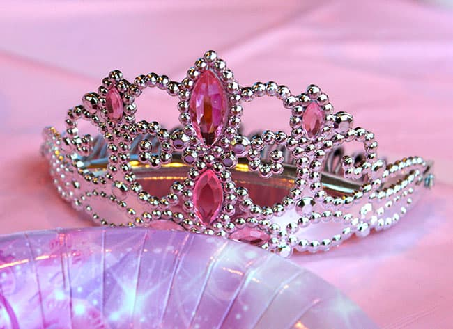 princess-crown-birthday-party-idea