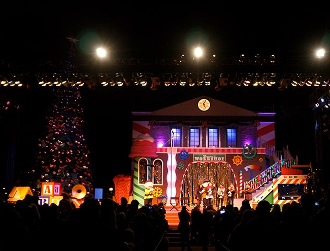 knotts-merry-farm-christmas-show