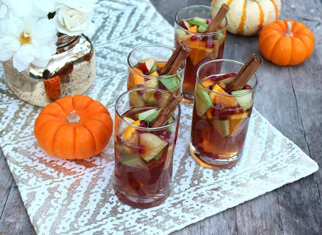 Thanksgiving Spiced Apple Cider Punch