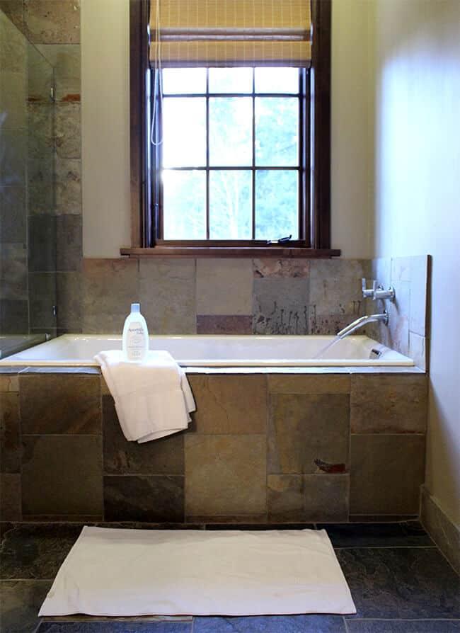 Aveeno Baby Wash & Shampoo Travel