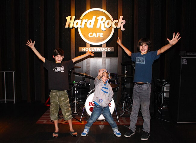 Hard Rock Cafe Southern California Family Dining