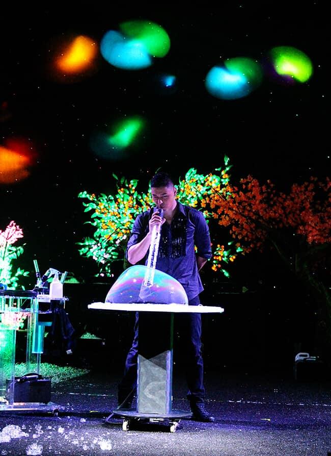Bubblefest Bubble Show Deni Lang