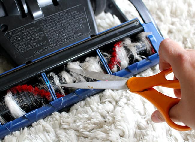 How to Remove String From Your Vacuum