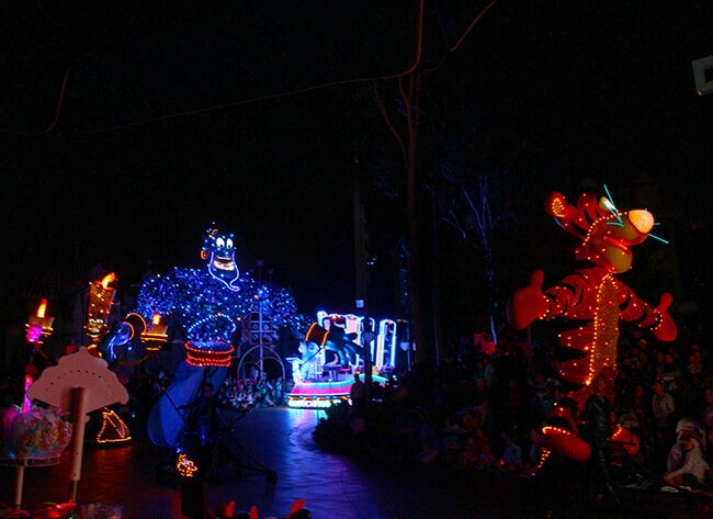Disney Paint the Night Electric Parade