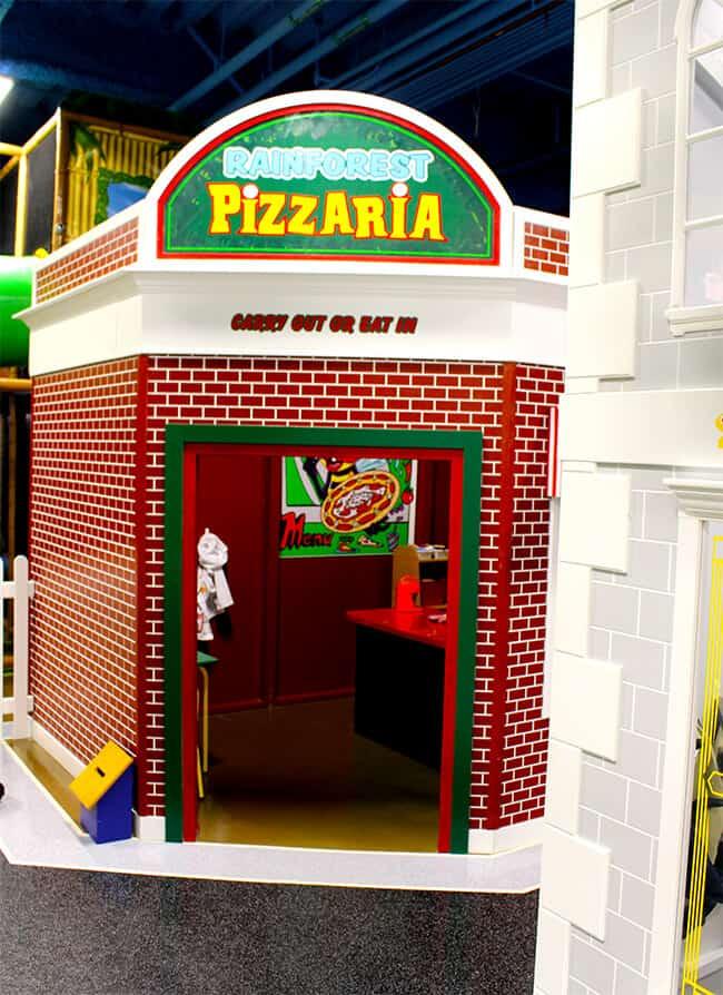 Billy Beez in Anaheim Pizzeria