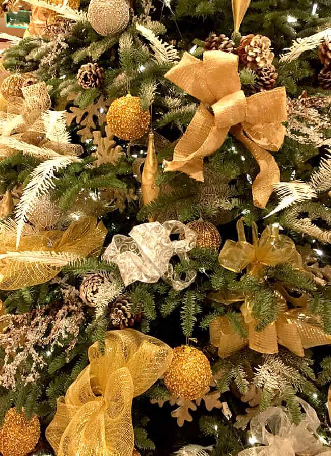 Christmas Tree at the Four Seasons
