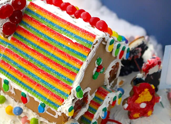 Discovery Cube Gingerbread Houses 2
