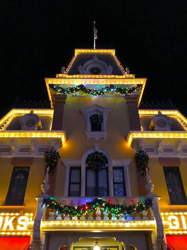 Disneyland Christmas Town Hall