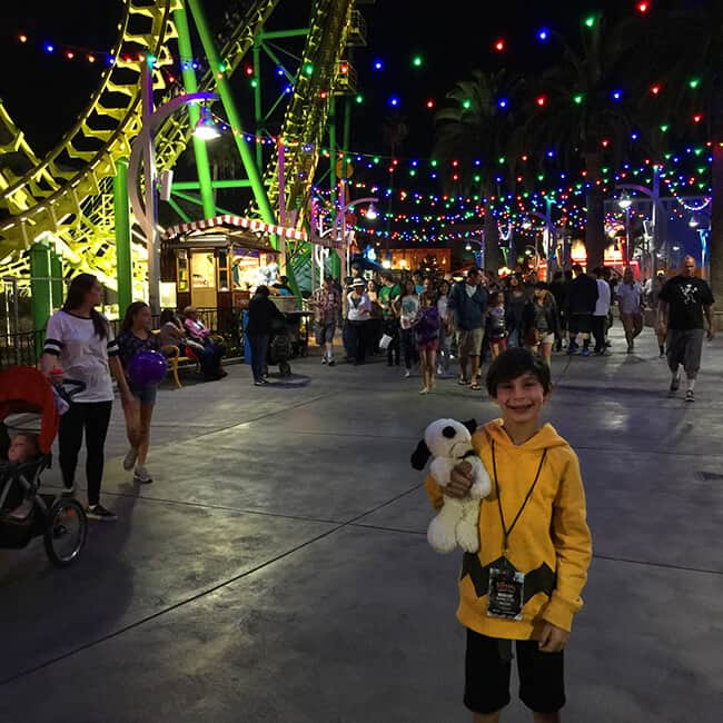 Knott's Berry Farm at Night Popsicle Blog