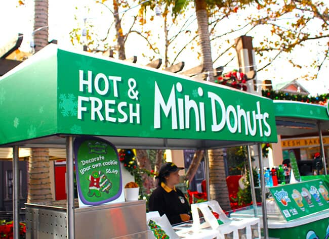 Mini Donuts at Grinchmas