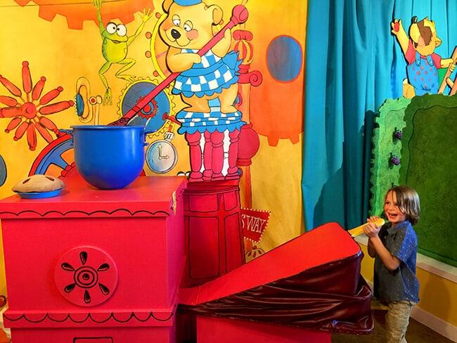 Berry Tales Pie Kitchen at Knott's Fun