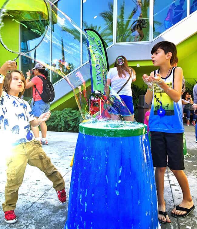 Making Bubbles at Bubblefest