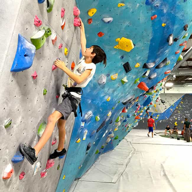 Fun Things to do With Teen in Orange County Rock Climbing