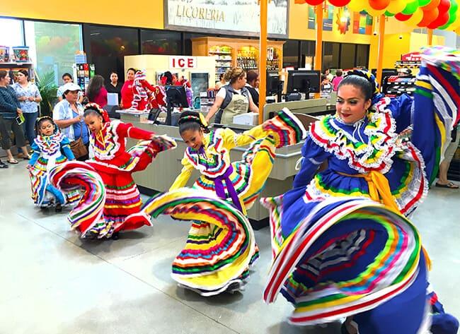 Dancers at Northgate Market