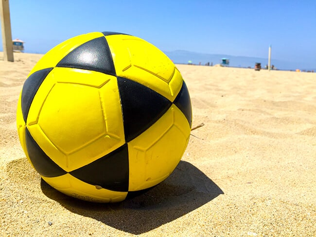 huntington_beach_foot_volley_ball