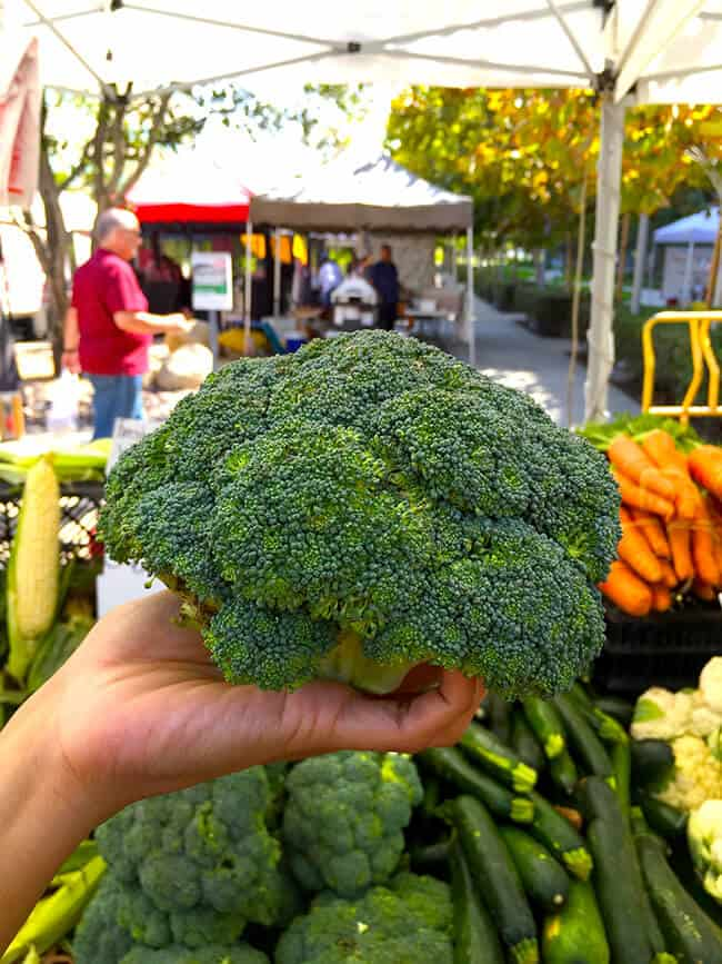 orange-county-farmers-market-broccoli