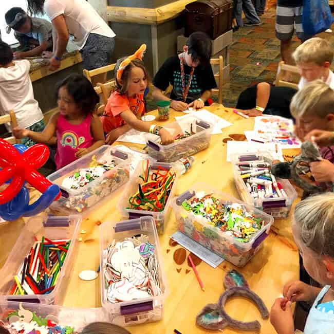 craft_time_great_wolf_lodge_socal