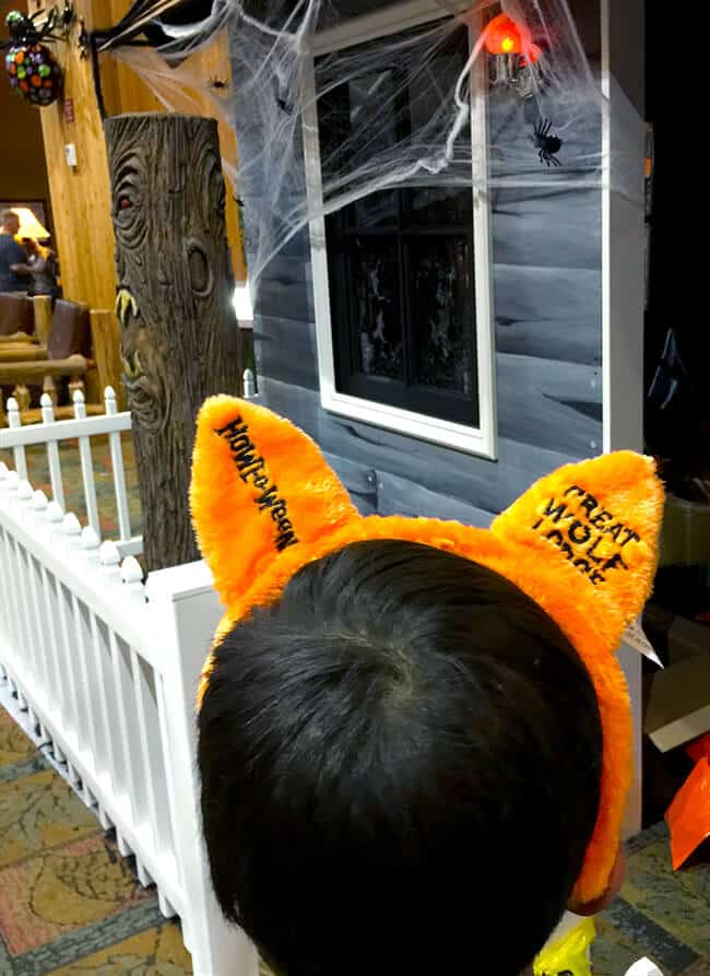 great_wolf_lodge_halloween_ears