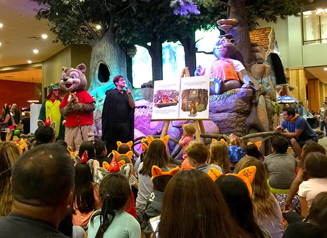 halloween_storytime_great_wolf_lodge