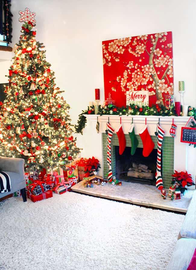 beautiful-christmas-home