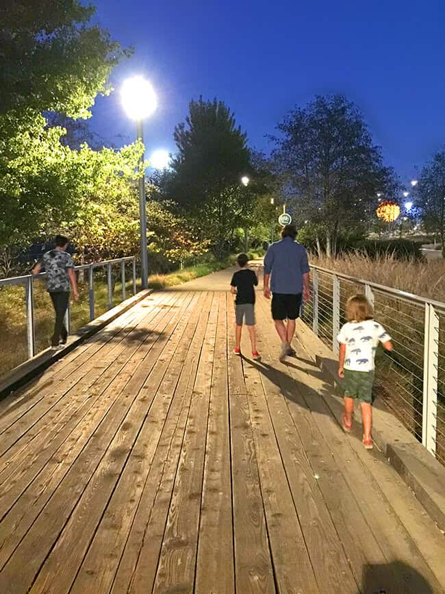 walking-with-family-at-the-irvine-great-park