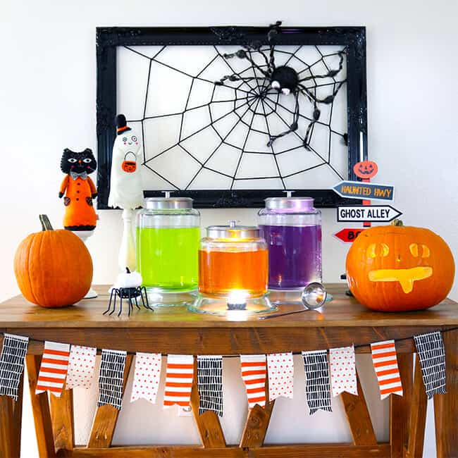 Create the Perfect Halloween Tablescape for Your Halloween Party