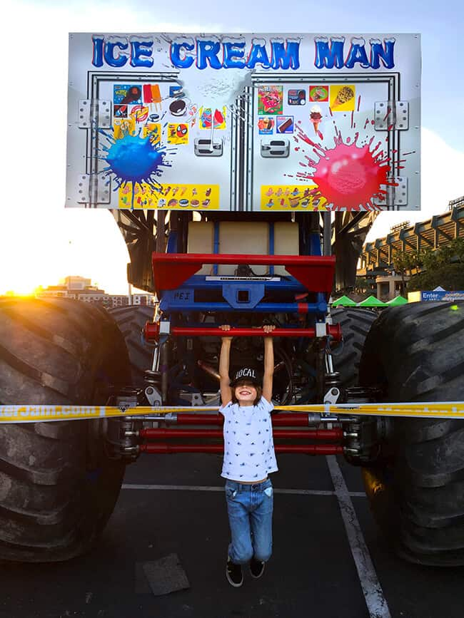 22f52dbb9 Best Tips for OC Family Fun at Monster Jam   Giveaway! - Popsicle Blog