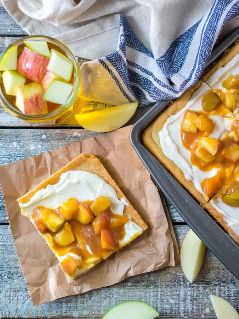 Soft an Chewy Caramel Apple Cookie Bars
