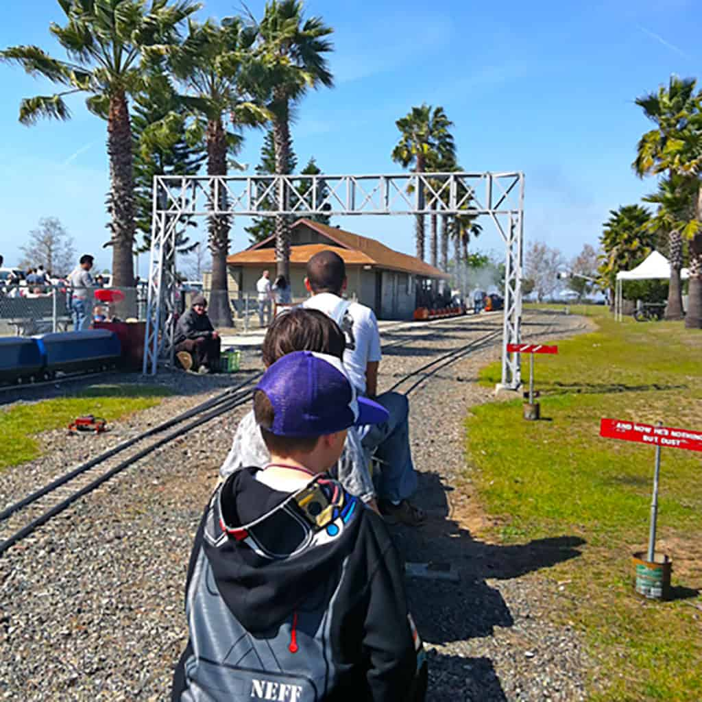 Free Train Rides at Goat Hill Junction
